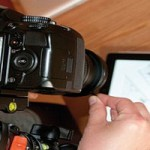 photography-how-to-use-tablet-as-light-featured-image