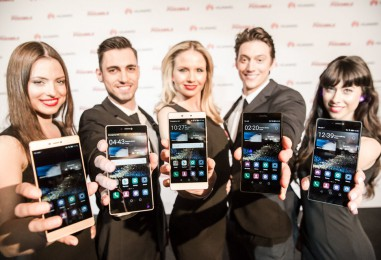 Huawei Launches Its Flagship Model 'Ascend P8'