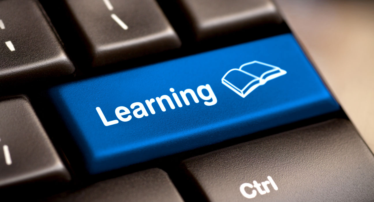 benefits e learning E-learning means using the technology to learn something without attending that traditional classroom in e-learning, you may attend virtual classes e-learning has become more important for training of the employees or students without making the.