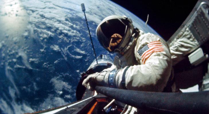 aldrin space selfie