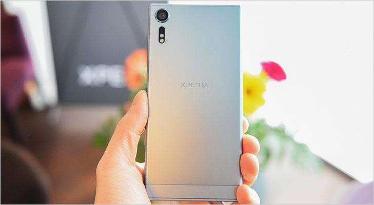 Sony Xperia XZs Launch