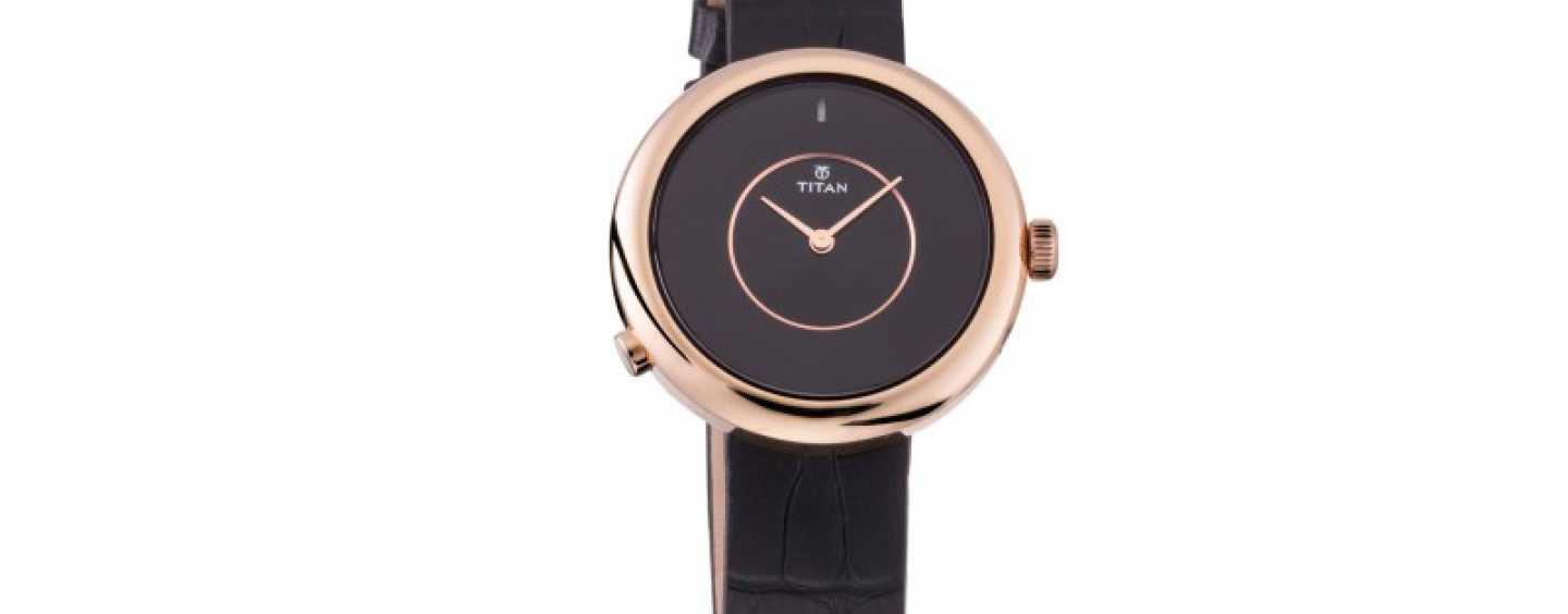 Titan Launches WE Hybrid Smartwatch For Rs 9675