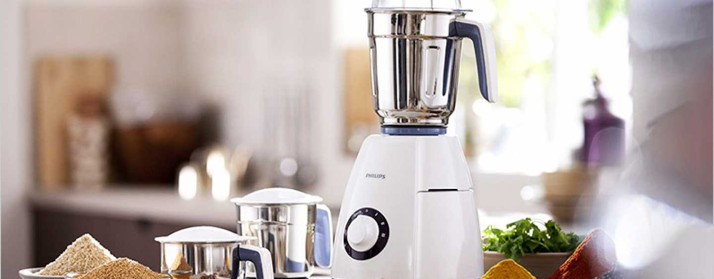 Make Your Pick from these Four Superb Juicer-Mixer-Grinders