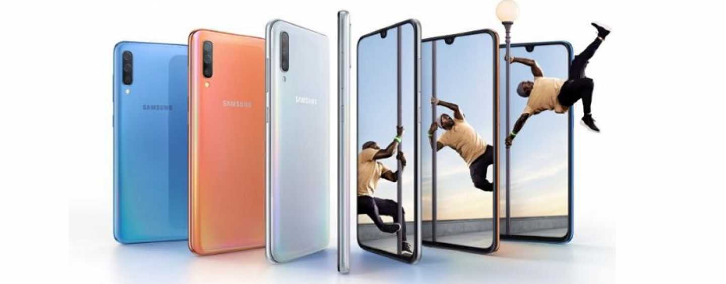 Samsung Galaxy A70 with Triple Rear Camera and 4,500mAh Battery Launched