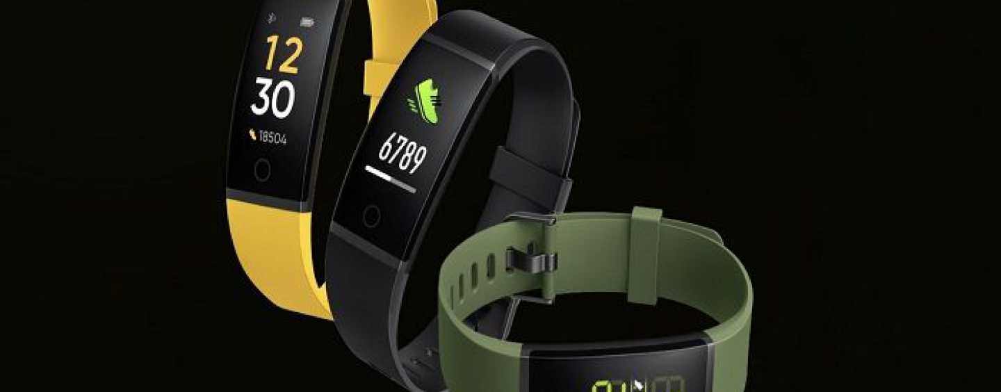 Realme Band With IP68 Rating And Large Colour Display To Be Launched